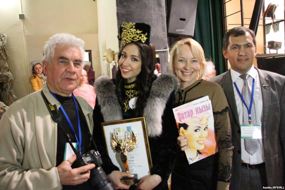 Фотограф Захир Хакимов, Эльвира Ракипова, председатель оргкомитета