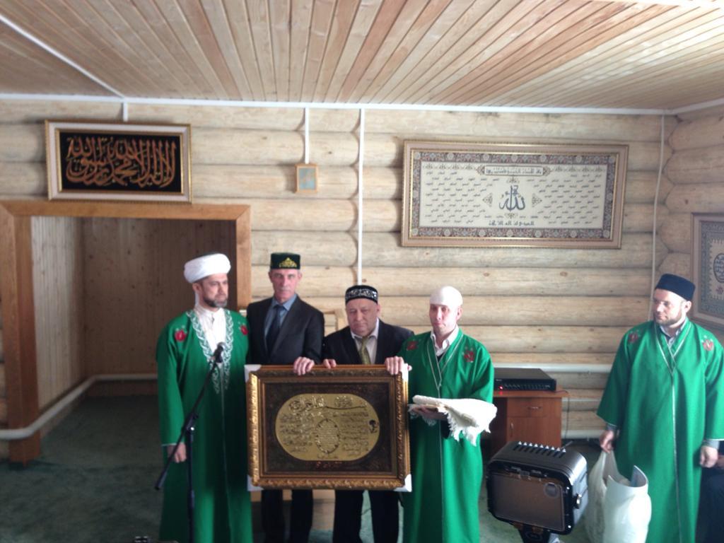 Сергею Морозову сделали подарок. Старая Кулатка. 10.03.2015