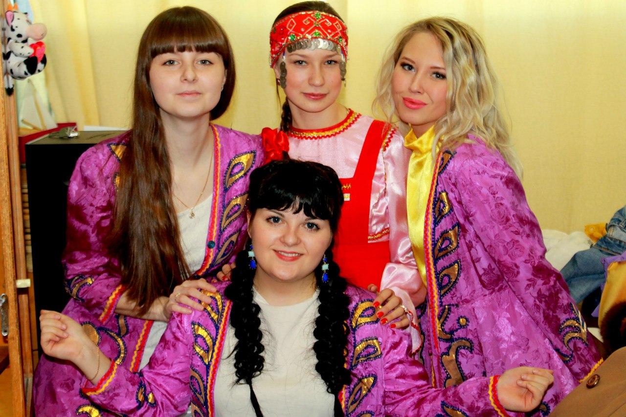 Участники фестиваля языков представили татарскую идентичность